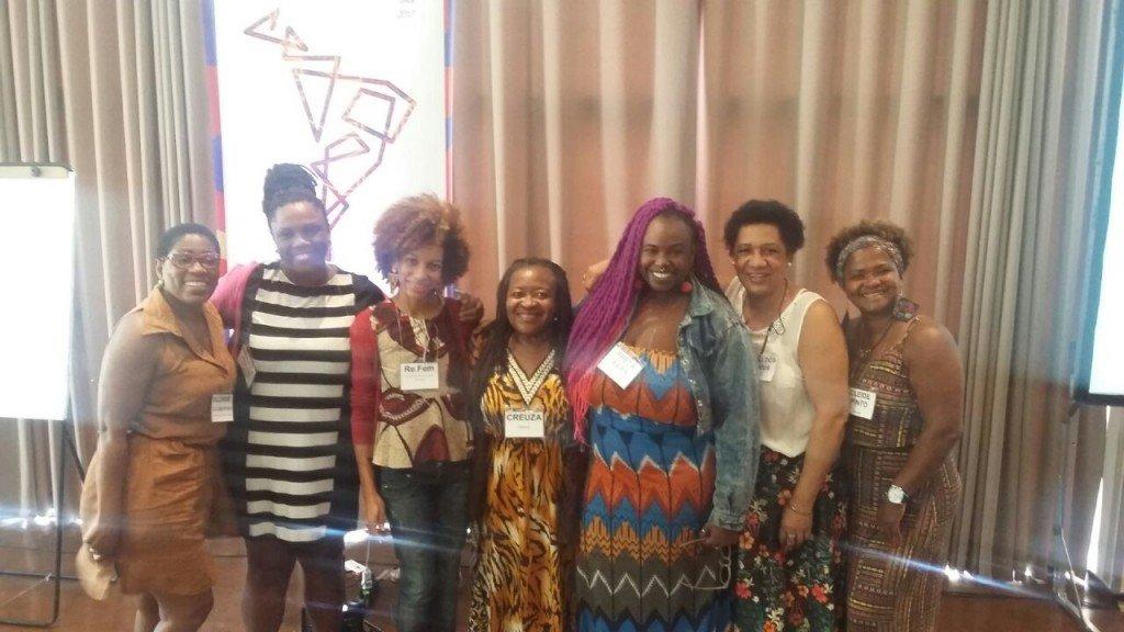 """Encontro """"Diálogo Mulheres em Movimento: Direitos e Novos Rumos"""" acontece até sexta (27) no Rio de Janeiro"""