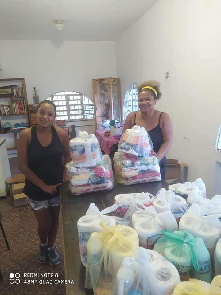 Campanha arrecada doações de cestas básicas para trabalhadoras domésticas