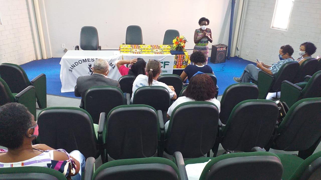 Maria Isabel Costa, diretora da FENATRAD, recebe homenagem do Conselho da Condição Feminina de São Luís
